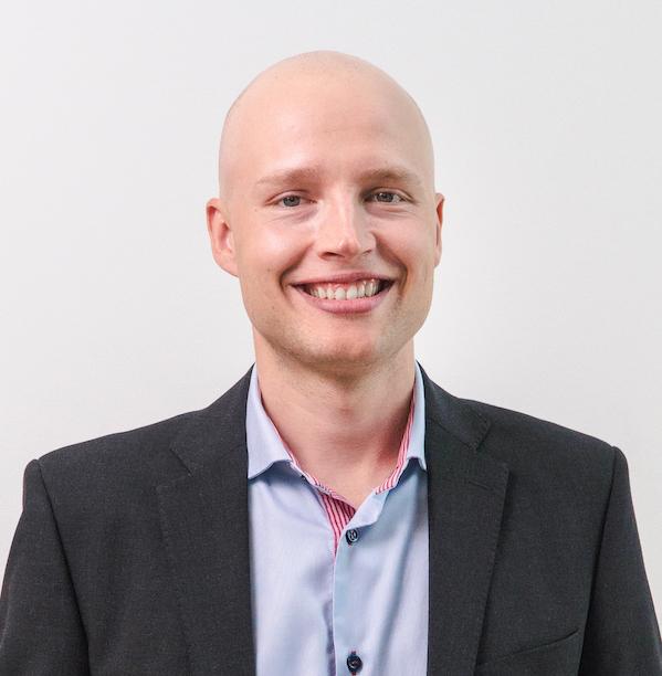 Niklas Haapalainen – Succee-juontaja™